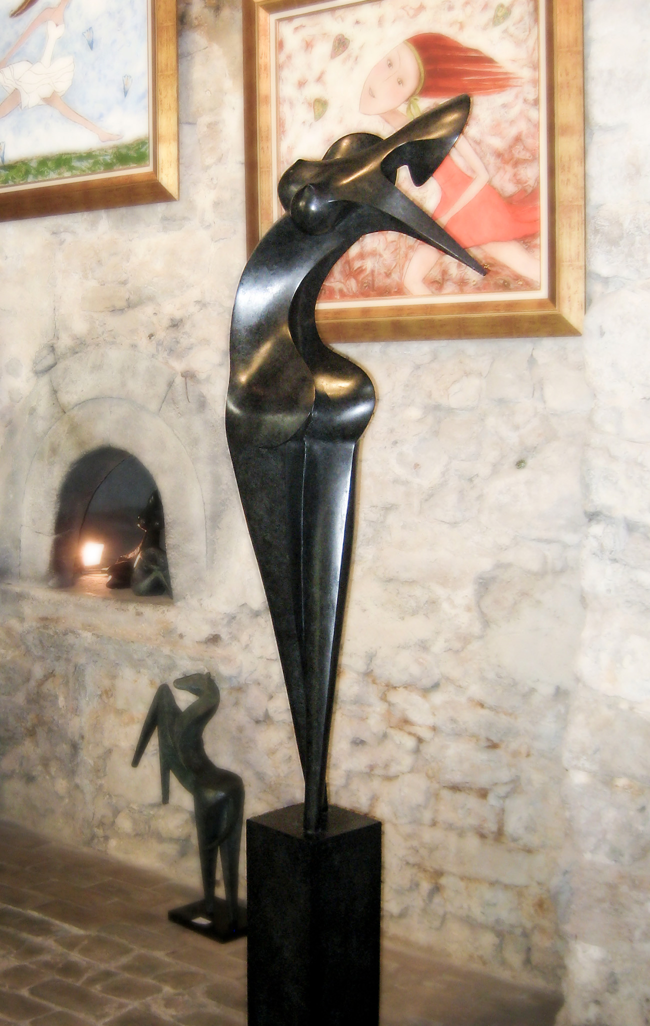 Nina, Bronze sculptur signed by the artist Marion Bürklé